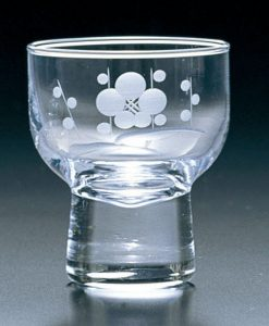 Kiriko Ochoko Clear Sake Glass Plum